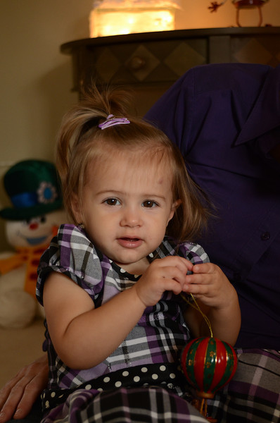 Zoey-Holiday Photos